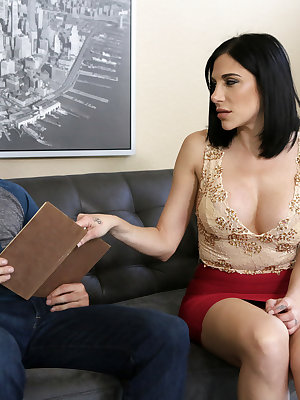 Jaclyn Taylor is hosting a foreign exchange student named Damon Dice, and she worries that he doesn't have much going for him. Damon overhears Jaclyn expressing her concerns to her friend, and he decides to take matters into his own hands. Waiting until J