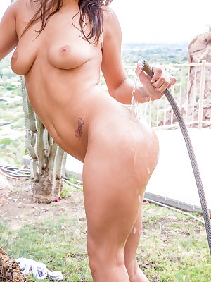 Always looking for new ways to bring pleasure to her cum craving pussy, JoJo Kiss massages her tits as she makes her way to the hose. She turns on the water and wets down her ass before pointing the stream at her sweet bald clit and juicy boobs. When Ryan