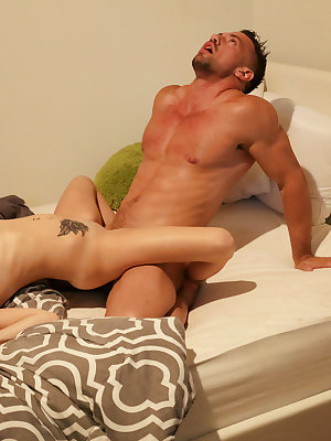 Johnny Castle is fast asleep when Hope Harper sneaks into his room in full-on seduction mode. She may be his sister's friend, but she gives one hell of a blowjob and that's more than enough to convince Johnny to go all the way. Soon he's guiding her head
