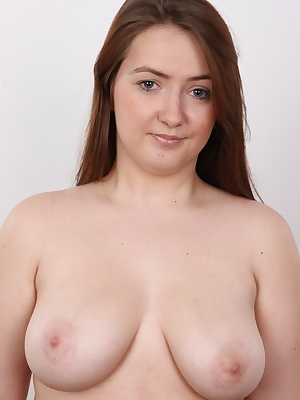 We're bringing you a brand new Czech amateur. A plump young kitten. Kristyna is looking for a chubby, hard cock. Do you like grinding young babes? Kristyna is the perfect target for you then. Do you have a thing for statue-like curves? Kristyna is yo