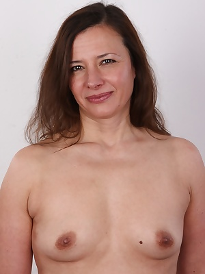 Czech mothers are in desperate need for fucking! This is exactly the case of Stefanie, 41, the latest starlet of the most famous amateur series in the world. She hasn't had it for centuries. I bet she will grab firmly her chance to get down and dirty