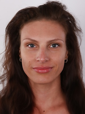 Hear, hear! We are looking for a man for Jana, the main star of this casting. He need to be handsome and able to fuck her really hard. He should also be tall, blue-eyed; that's the ideal. It seems crazy, but this lovely brunette is single. Guys, what's wr