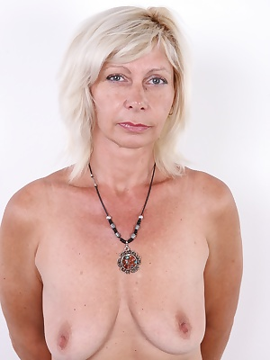 The wide spectrum of girls and ladies that attended our casting just got even more diverse. Beata, a great looking blonde woman in her golden years did not hesitate, and arrived to our studio. That was lucky for us, since not many mature women show up to