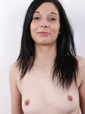 Today's CzechCasting presents black-haired Michaela, an honest girl who just moved to the capital from the misty Sumava mountains. She's looking for a job and a sense of happiness she didn't in Spain, where she worked as a cook... Cooking is her hobby, bu