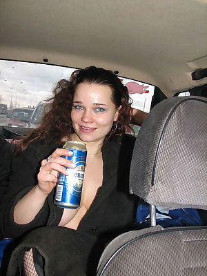She flashes while drinking and smoking