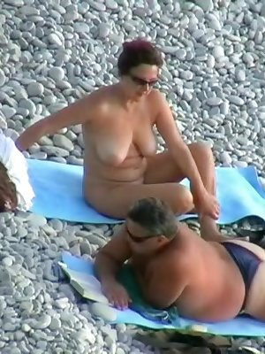 Chubby lesbian milfs get ready for some action