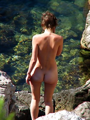 Real voyeur beach photos of nudists